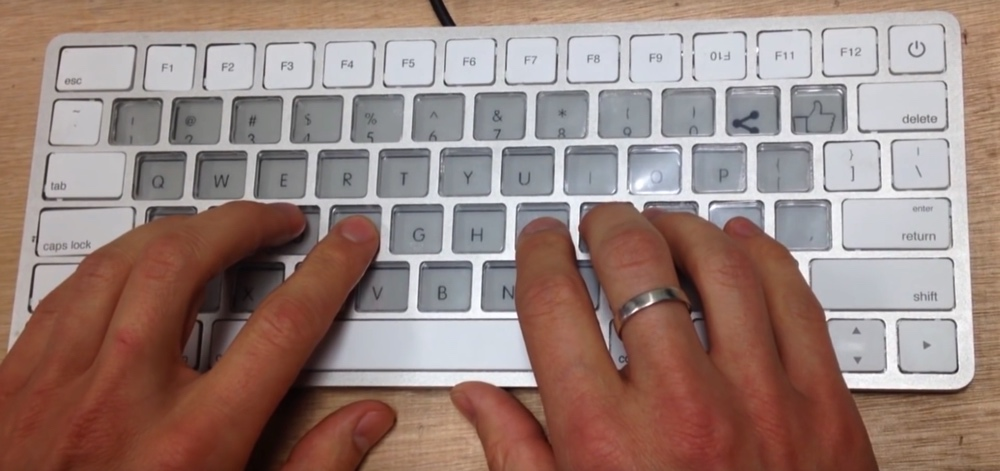 apple-keyboard