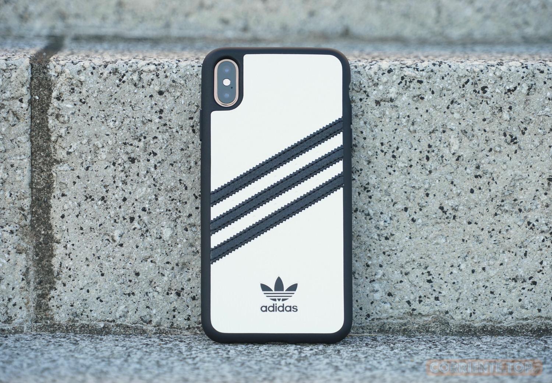 3640b31c0a 一口に 「iPhoneケース」 と言っても、世の中には色んなケースがあるが、スポーツメーカーのロゴが入ったケースはそんなに多くない。